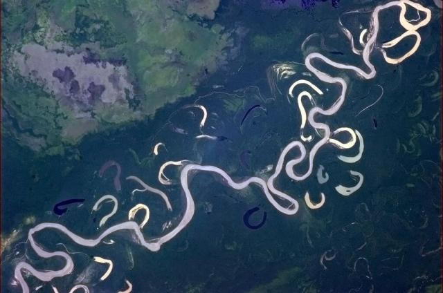 Commander Hadfield's photo of a not so rushed river1